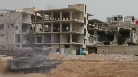 战争:叙军坦克深入敌人防线,坦克内部是怎么样的?