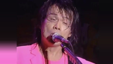 王心凌怎么也没想到伍佰现场唱她的歌,最主要的是比自己唱的还好