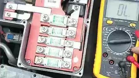 新能源纯电动汽车高压配电箱锤子汽修培训学院