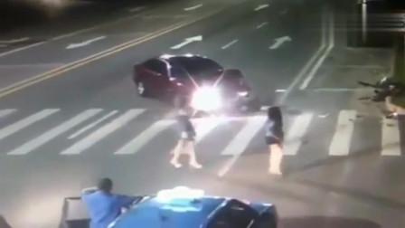 """监控:广东惠州监控实拍车祸视频""""血腥""""残暴 慎入"""