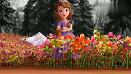 小公主苏菲亚:苏菲亚用一朵花儿就捉到很多蝴蝶,实在太聪明了!
