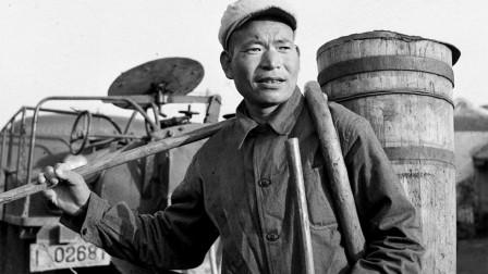 劳模时传祥75岁去世,去世前叮嘱儿子做环卫工人,他后来怎样了?