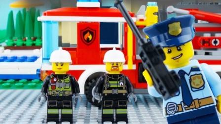 乐高城市消防车停止运动乐高消防卡车营救砖瓦房#乐高城市.