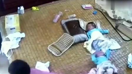 监控:千万不要让大宝带娃,监控拍下的一幕让妈妈心碎