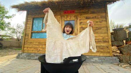 火锅这样涮才够劲,农村姑娘280买10斤牛肚,牛肚吃到饱,过瘾