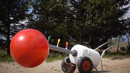 用气球做意大利炮,开炮瞬间场面炸裂,网友:二营长呢!