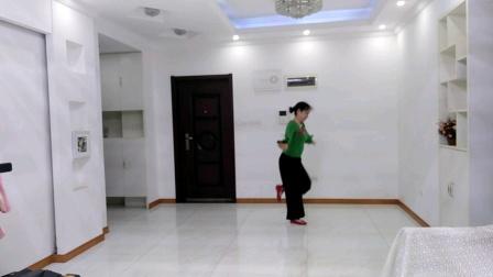 刘满广场舞《最真的梦》正面。编舞:雨夜老师