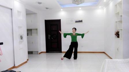 刘满广场舞《红枣树》正面。编舞:雨夜老师