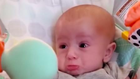 1岁宝宝有多戏精?看宝宝丰富多彩的表情,爸妈都笑岔气了