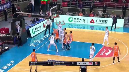 弗雷戴特50分上海加时118-113险胜北京