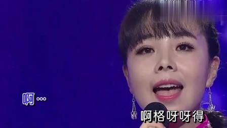 王二妮《桃花红杏花白》,民歌声声,悦耳动听