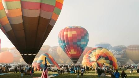 United Stories: 新墨西哥州的梦幻热气球之旅