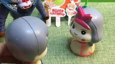 妹妹不听话出去玩,蝎子精卖气球想骗妹妹,哥哥及时带妹妹回家