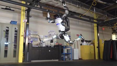 原本只有在科幻片看到的机器人,居然现实中也有,科技太牛了