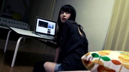 三个日本恐怖短剧,过气女主播为了涨粉,半夜在家开恐怖直播