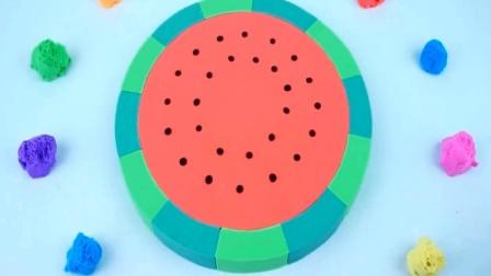用彩色太空沙彩泥制作彩虹大西瓜 创意玩具