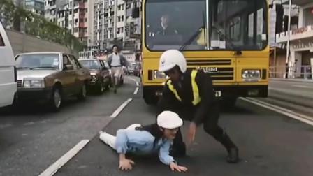 女警官力战悍匪,却不知悍匪头目是自己男朋友电影视频