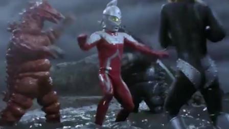 奥特曼:赛文被怪兽扭断了腿,还好雷欧赶来救场!