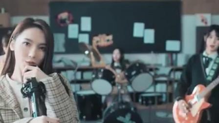 snh48一首《天晴了》,唱出了校园爱情的甜蜜浪漫!