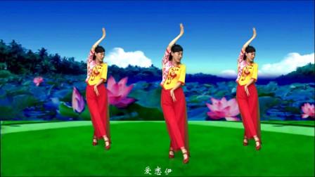 气质美女广场舞《女儿情》多少柔美,多少娇羞,传递美丽爱情故事!