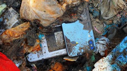 小伙垃圾堆捡到一部三星手机,精心修复一番后,简直赚大了!