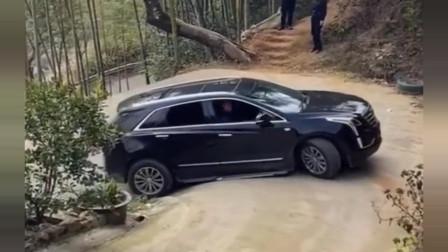 云南南宁小哥:我是修车厂的,每天都会来这个弯道,等他们把车开坏!