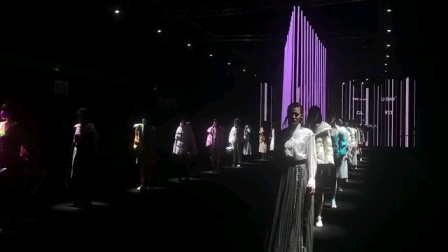 晨亮光电LED视频条,LED像素条展现的时装秀