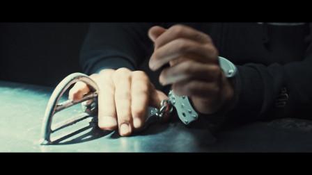 最新法国电影:看着他暴揍警察您只会拍手叫好!