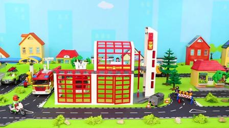 消防车惊喜玩具 - 直升机,火车,消防局,船舶 & 其他儿童玩具车