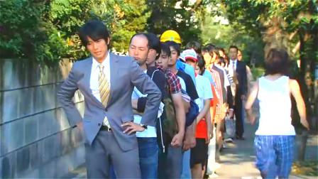 刑警天生异能,别人会主动在他身后排队,就连罪犯也不例外!
