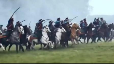 俄法战争,骑兵集团冲锋,向着拿破仑的士兵冲去