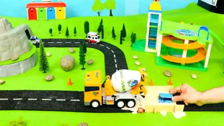 儿童汽车玩具视频 吊车搅拌车模拟工作