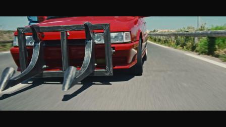 最新法国罪犯片:改装师改装罪证车疯狂飙车,把警察玩疯了