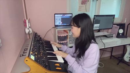 韩国妹子贝斯手Yein Kim