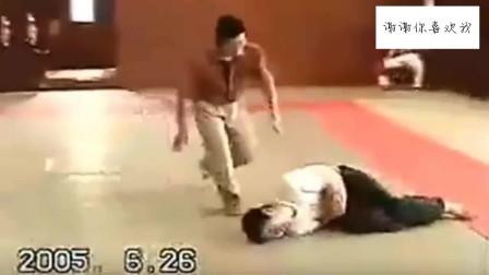 最真实八极拳实战,撑锤一招KO对手