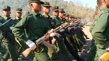 这支外国军队举行阅兵演练,八一杠神枪重现江湖