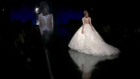 经典时尚T台秀:2020米兰时装周Julia Kontogruni超模走秀第六部分