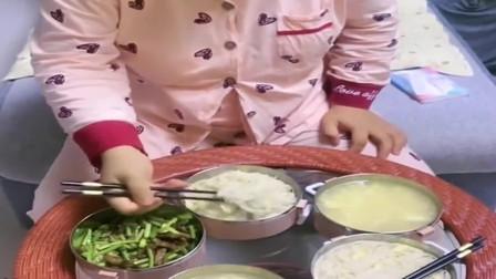美女坐月子婆婆给做的豪华盛宴,网友:我就只有鸡汤,排骨汤