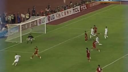 03年中国龙之队VS皇马,对李毅教科书般的停球印象深刻