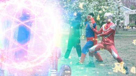 奥特曼真人版:心魔控制迪迦使坏,被超人和蝙蝠侠合力封印(下)