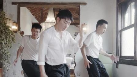街舞3云海选 白衣男孩李春林的urban太有感觉了!
