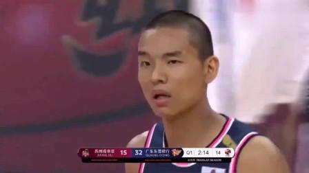 CBA广东队网红队员《刘权标》被教练评为青年队球霸