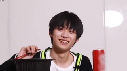 梓渝Vlog:吃播