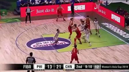 这是什么防守,让对手一直投出三不沾,中国女篮身高太占据优势!