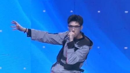 洪伟豪《少年之名》首次公演舞台直拍