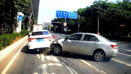 交通事故合集:错过路口随意变道,想避让都来不及