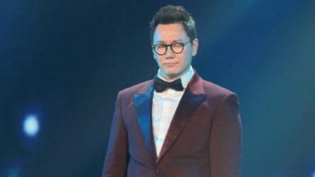 郑淳元 巫启贤同唱一首歌,全混声唱法VS胸声唱法-声乐导师伍文彬