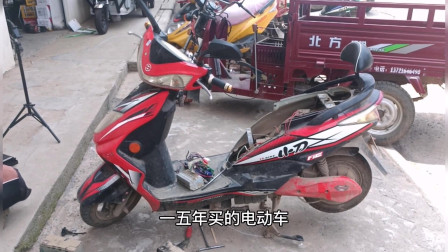 骑行电动车一定要注意电瓶这个地方了,稍不注意就会造成电机坏掉