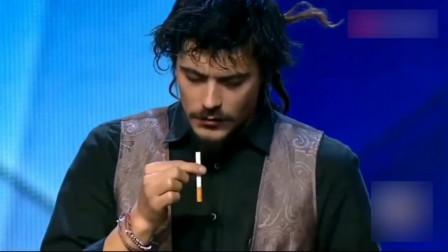 世界上最会玩烟的男人