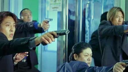 枪火:杜琪峰找了5位影帝 只拍了19天  反而成就一部港片传奇